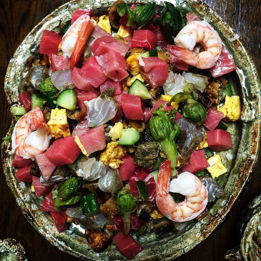 ちらし 寿司 盛り付け 海鮮