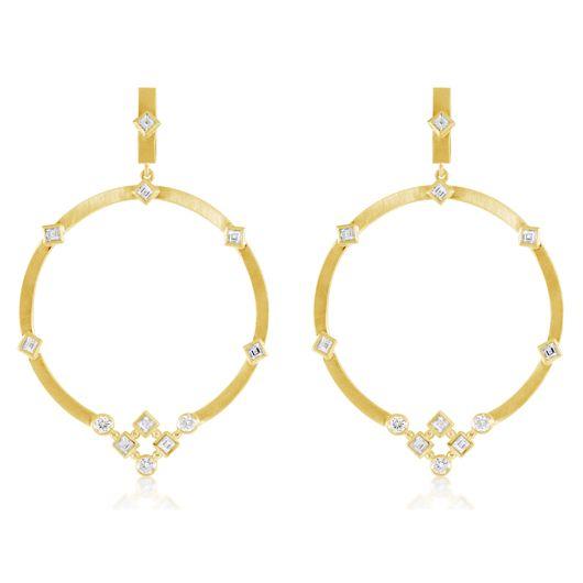Hoop earrings in 18k gold with diamonds from Malibu 18 a