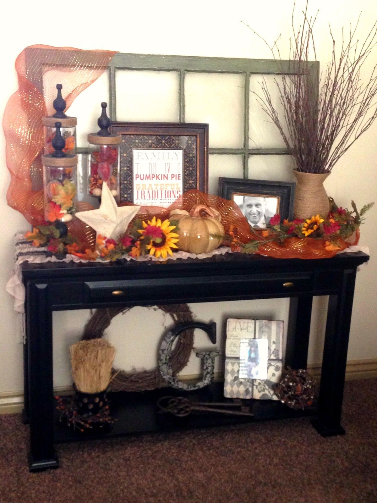 Fall decorating sofa table entryway i love this the for Modern fall table decorations