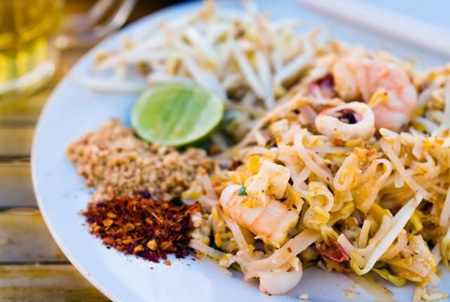 How to cook up an easy thai dinner party dinner party menu thai how to cook up an easy thai dinner party forumfinder Images