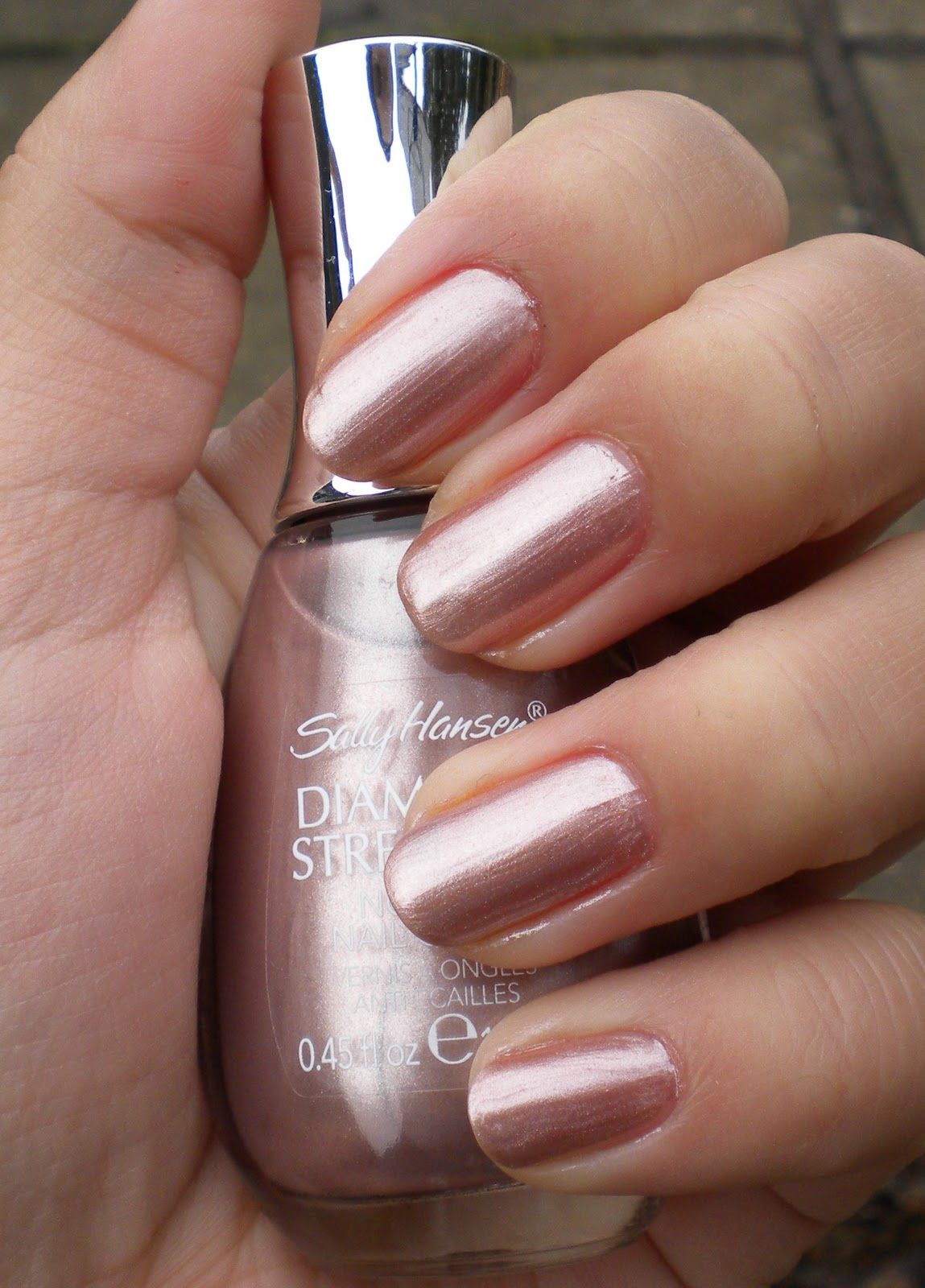 Sally Hansen Nude Shimmer Great Color For Everyday Wear Polish Amp Nails Rose Gold Nail