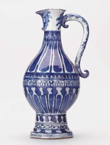 A Rare, Late Ming Blue and White Ewer late 16th/early 17th Century 16� in. (41.2 cm.) high