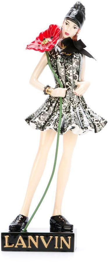 Lanvin Frauenfigur-Statue