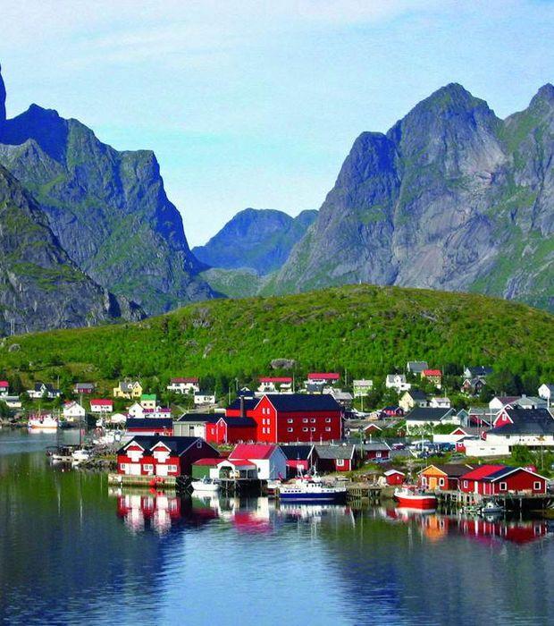 Situées au nord du cercle polaire, les îles norvégiennes de Lofoten sont très paisibles