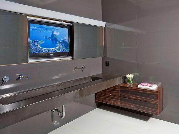 fernseher badezimmer edelstahl waschbecken holzschrank | Einrichten ...