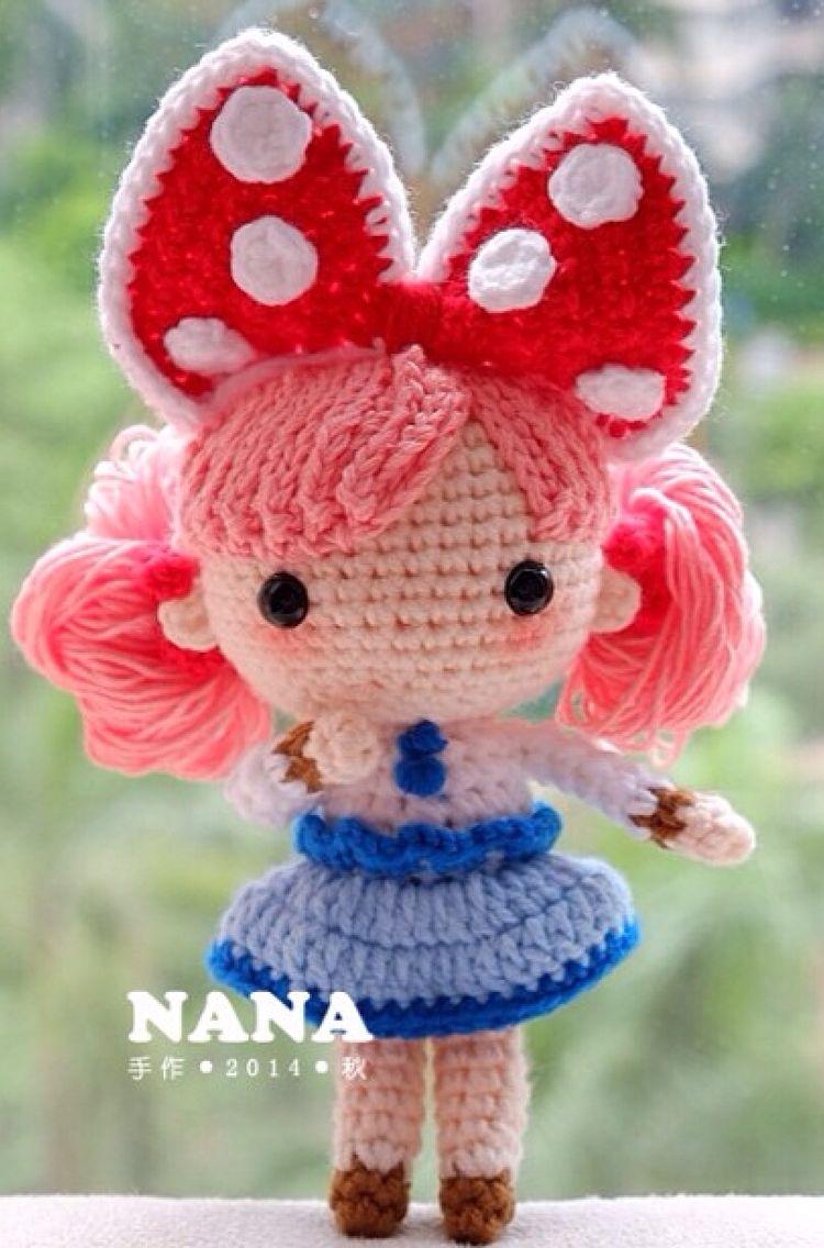 With black hair shed look like a minnie mouse look a like maybe with black hair shed look like a minnie mouse look a like crocheted toyscrochet bankloansurffo Choice Image