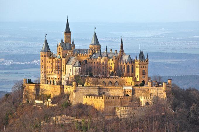 Die 16 Schonsten Schlosser Und Burgen Deutschlands Skyscanner Deutschland Schlosser Deutschland Deutschland Burgen Burgen Und Schlosser
