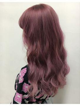 ピンクアッシュで美肌に見える 可愛い髪色画像 ヘアカラーカタログ