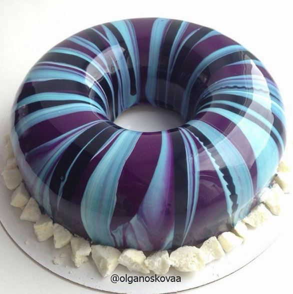 The Mirror Glaze Cake Wizard
