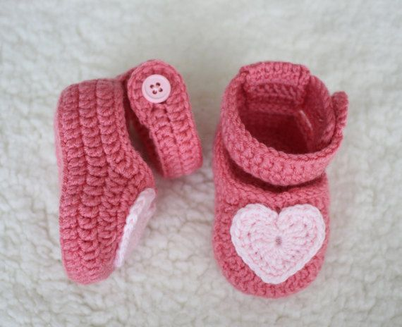 Crochet baby shoes Baby girl shoes Newborn gifts by yarncraftstore ...