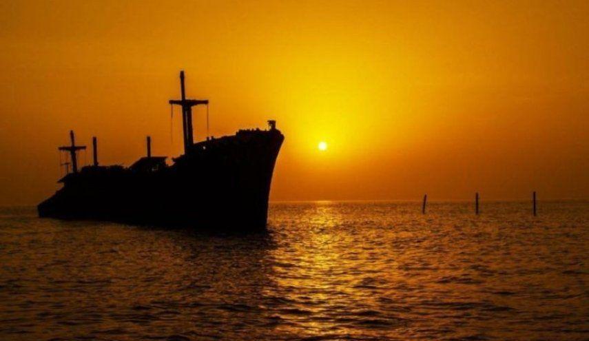 مشهد عن الكسوف في جزيرة كيش الايرانية بتوقيت بيروت اخبار لبنان و العالم Celestial Outdoor Sunset