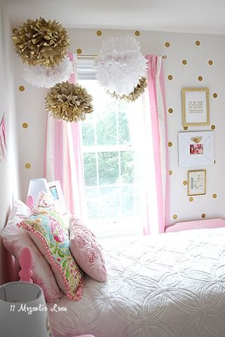love the gold, pink, white color scheme and clean polka dot walls Girls Room