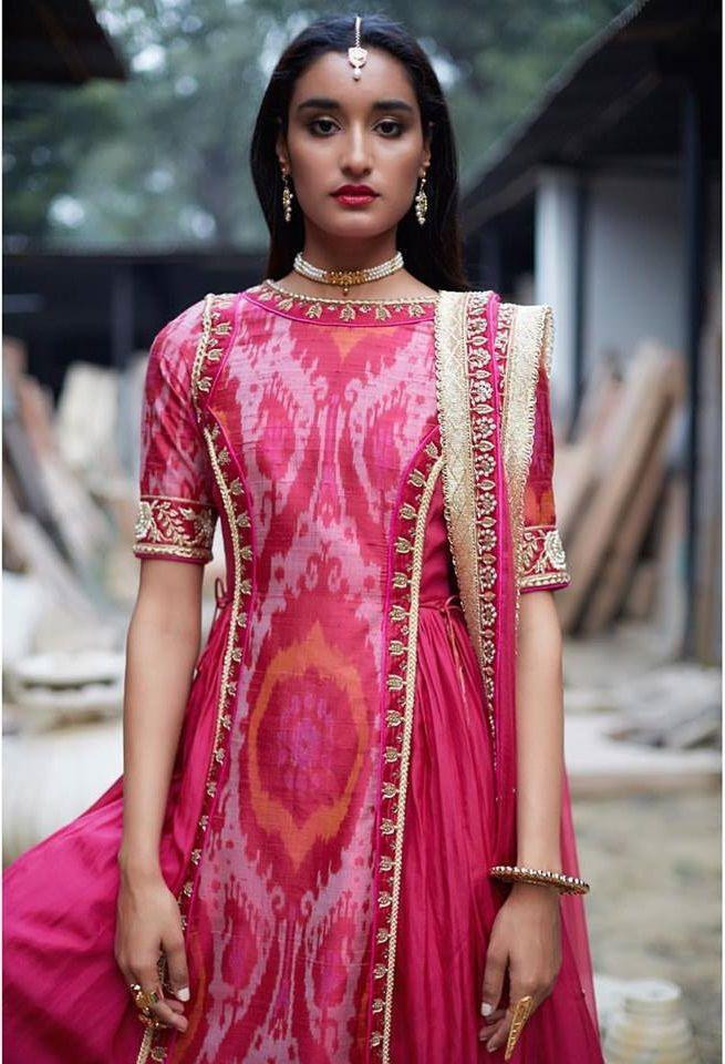 Abrbandi by Tisha Saksena - Collections of Saris and Lehengas ...