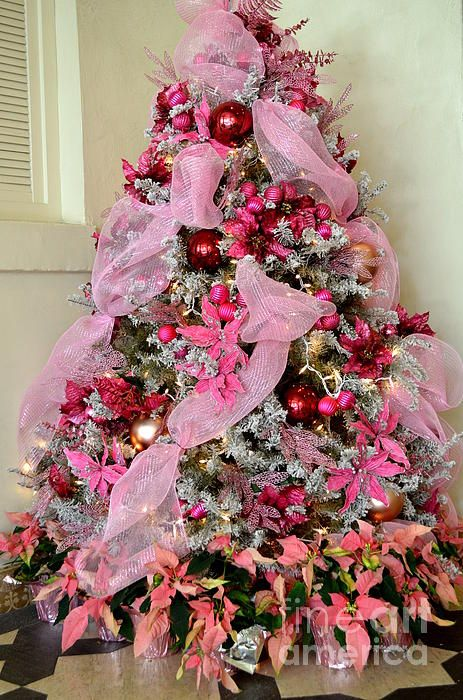 Pink Christmas Tree by Mary Deal with Pin-It-Button on