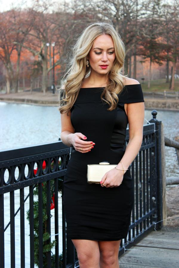 56fffe076ef8 Holiday Black Dress with Red Lip   {Style Cusp}   Holiday fashion ...