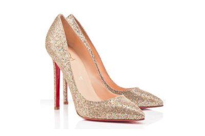 e15cf7b0db sapato scarpin com glitter dourado