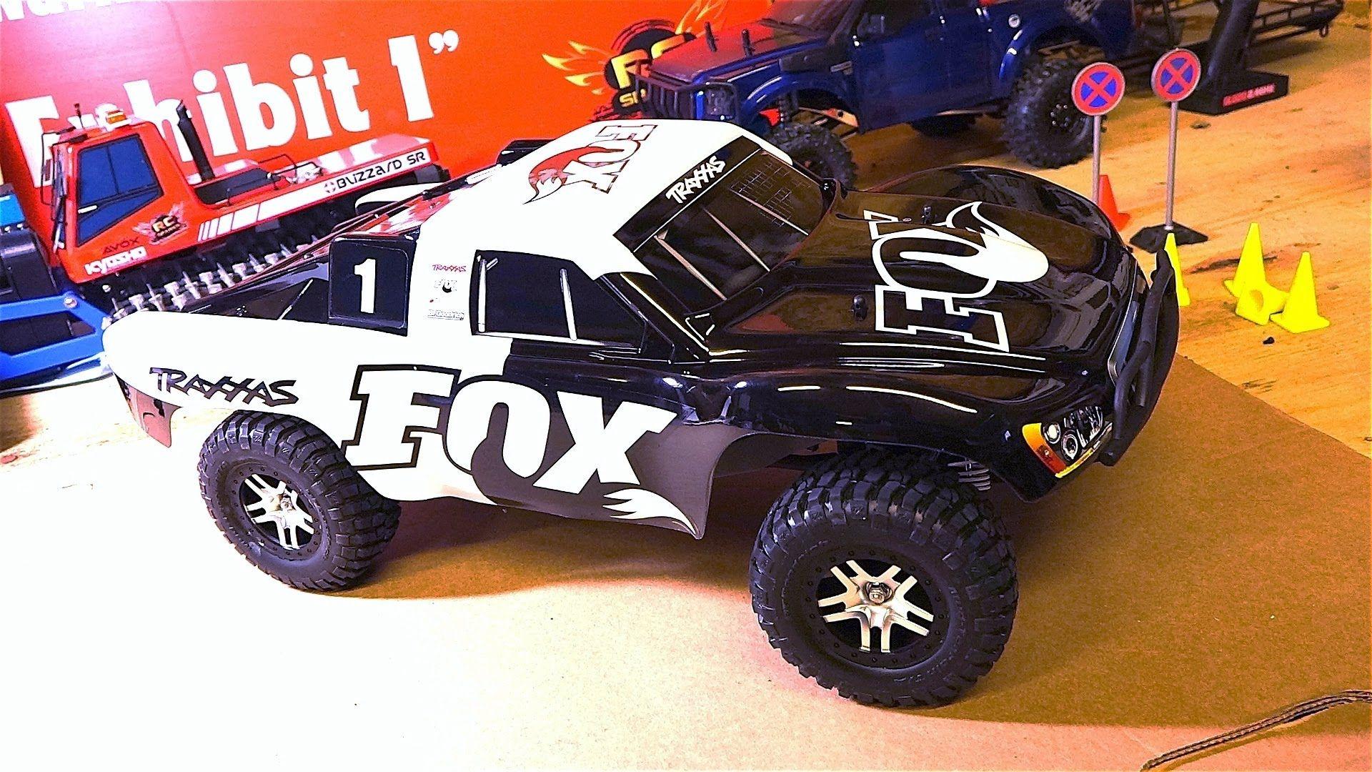 Rc adventures unboxing a traxxas slash 4x4 fox edition 2 4ghz 1 10 rtr