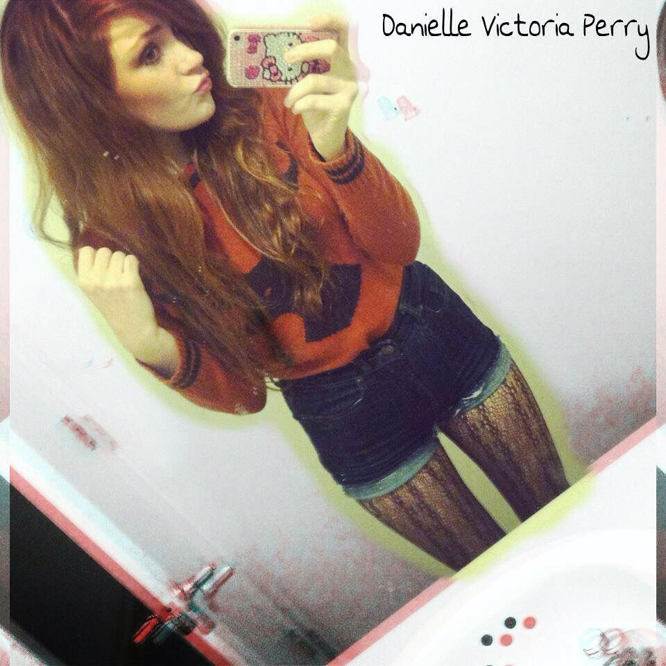 Danielle Victoria Perry  Old picture