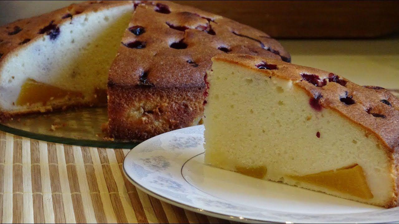 Пирог хорош как в горячем, так и в холодном виде.
