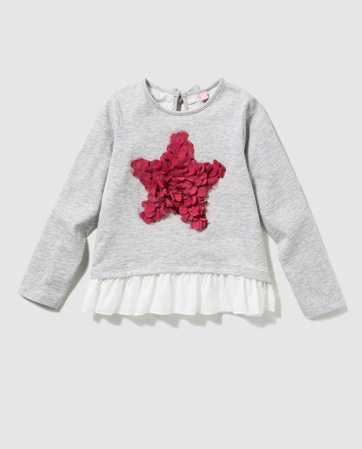 499fe9677 Camiseta de niña Freestyle en gris con volante