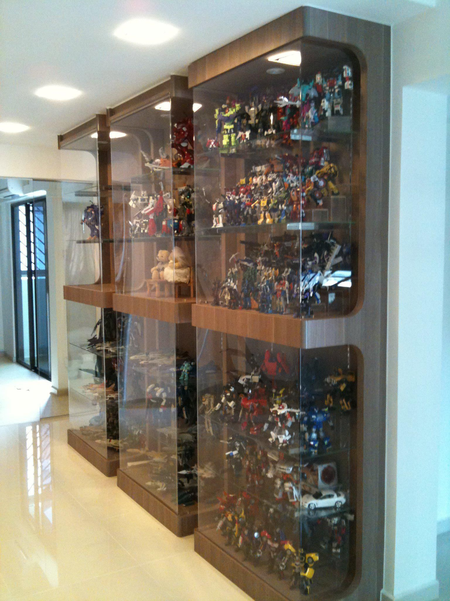 Pin by Adrian Phoon on Shelves Glass cabinets display