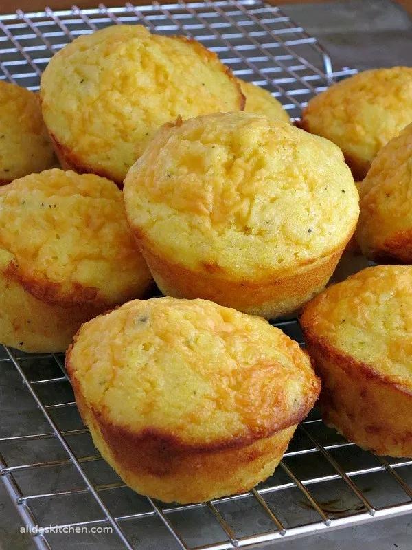 Garlic Cheddar Cornbread Muffins Alida S Kitchen Recipe Cheddar Cornbread Cornbread Muffins Recipe Garlic Cheddar