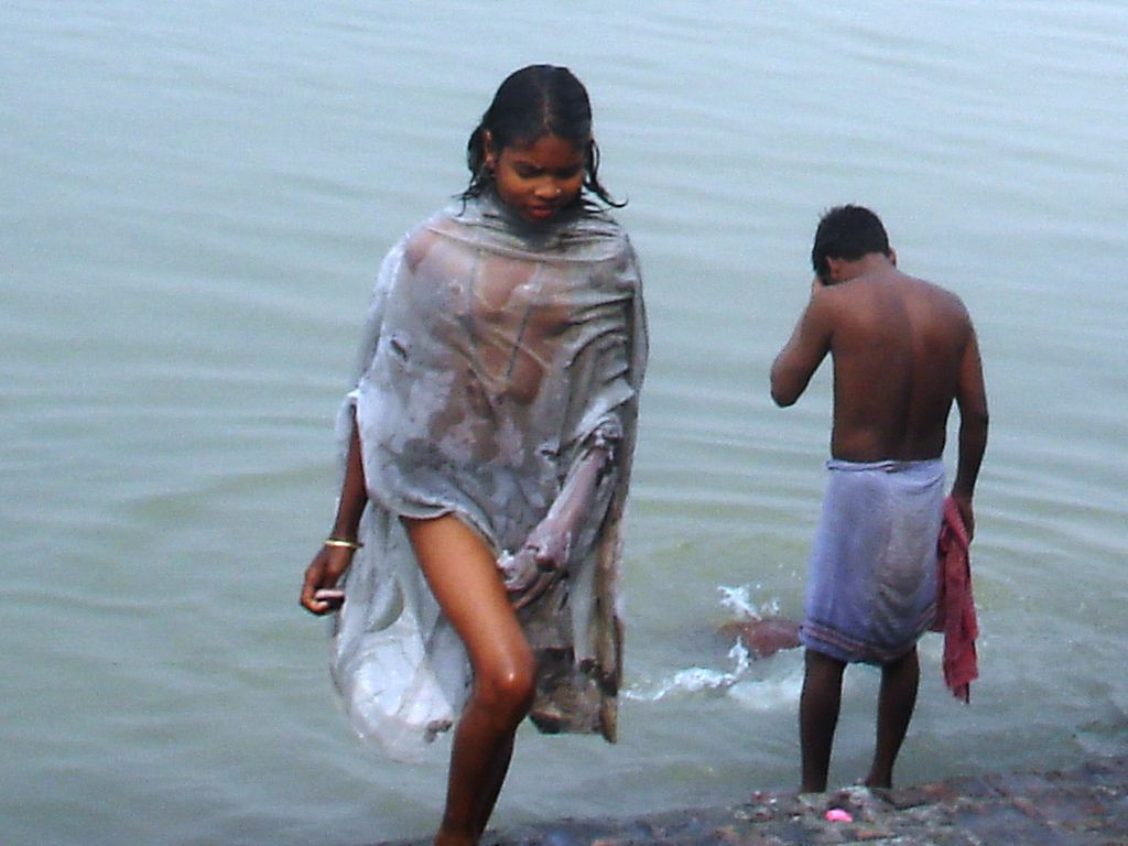 River In Women Naked Bathing