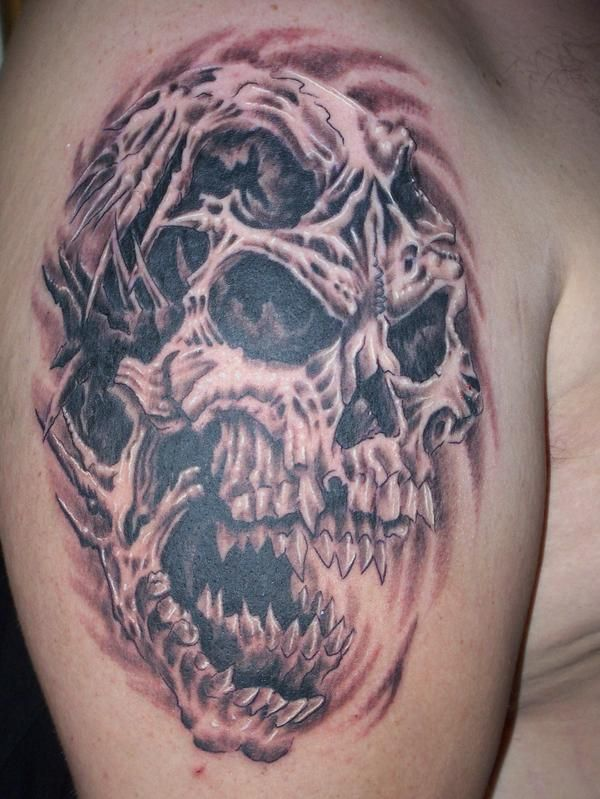 tattoo 39 s for good and evil skull tattoo designs skull tattoos pinterest evil skull. Black Bedroom Furniture Sets. Home Design Ideas