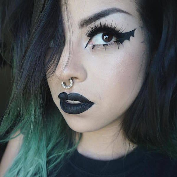 Bat Wings Are The New Cat Eye And Here S How To Do It Cat Eye