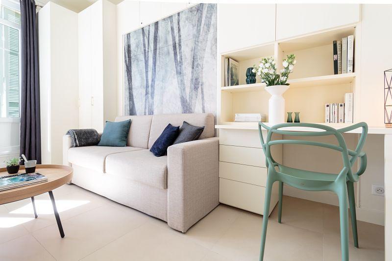 Pinceaux Et Camaieux Decoration Studio Nice 1 Decoration Maison Decoration Interieure Mobilier De Salon