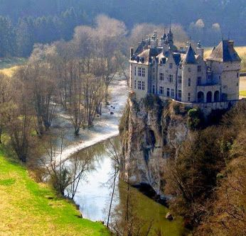 walzin castle namur belgium oh the places you 39 ll i 39 ll go pinterest belgien burg und. Black Bedroom Furniture Sets. Home Design Ideas