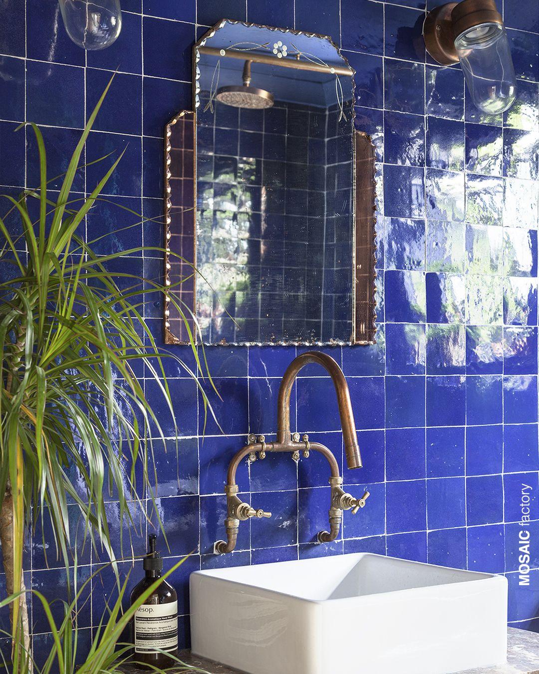 Elektrische blaue Badezimmer Wandfliesen aus der