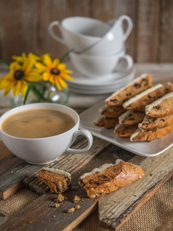 Biscotti with Dried Cherries, Macadamia Nuts, and White Chocolate | Southern Boy Dishes