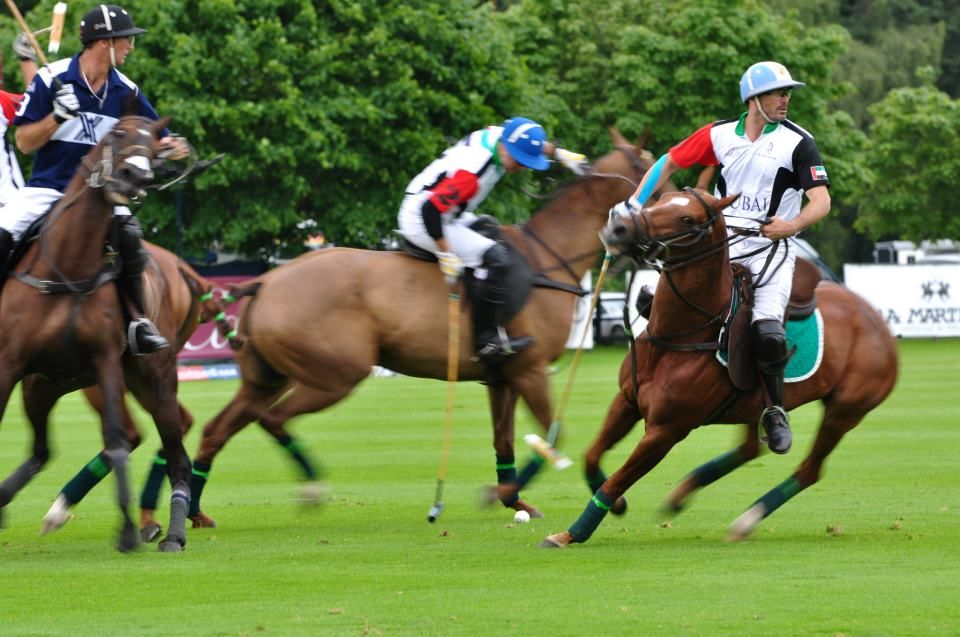 Adolfo Cambiasso turns around the best polo player ever