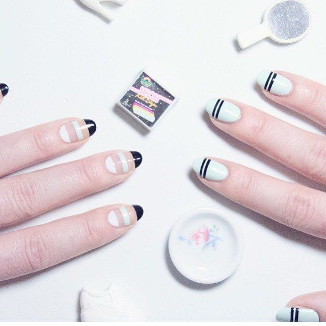 11 ultra cool negative space nail art designs you can do yourself 11 ultra cool negative space nail art designs you can do yourself photos solutioingenieria Images