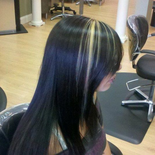 Blonde Accent Over Dark Brown Hair Long Hair Styles Hair Color
