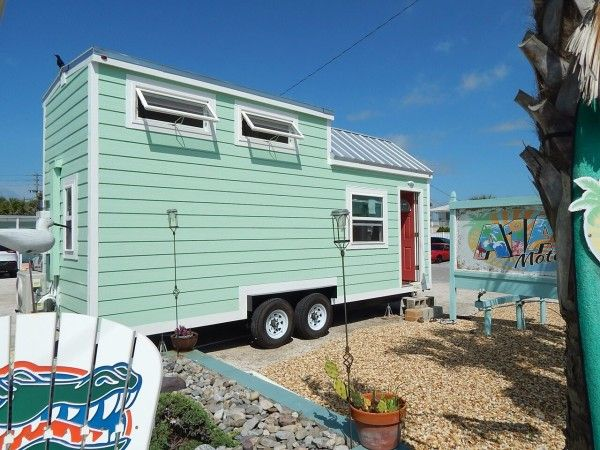 Mini Houses On Wheels beach-tiny-house-001 | tiny houses | pinterest | tiny houses