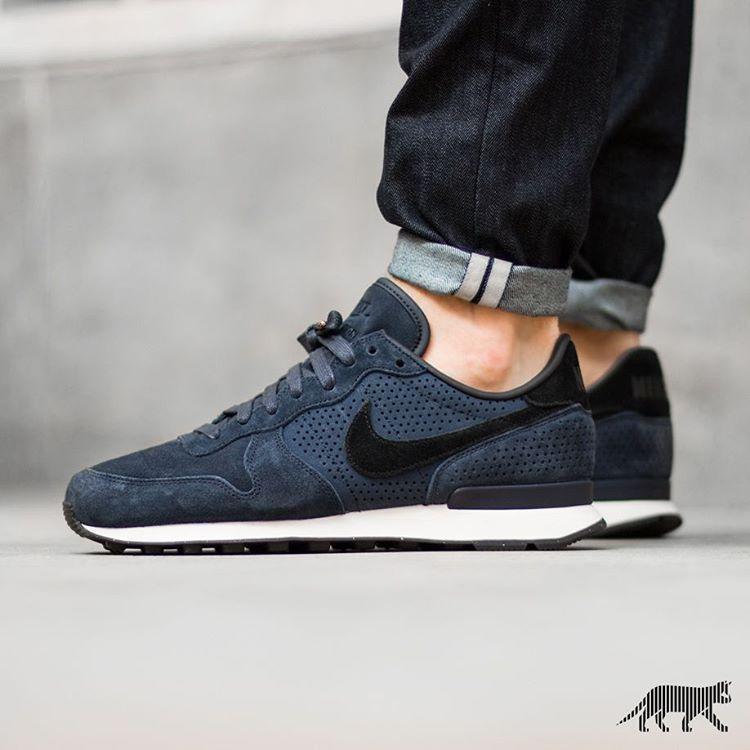 Nike Internationalist LX | EU 38.5 – 47.5 | 135€ | shop