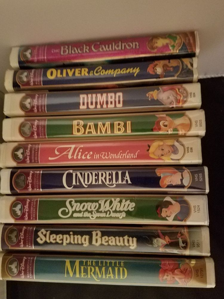 Disney Vhs Lot Of 9 Movies Tapes Clamshell Masterpiece Collections Classic Disney Movies Disney Movie Collection Disney Movies On Dvd