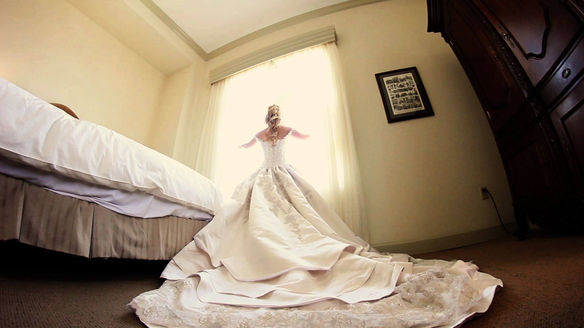 bride dress biltmore hotel miami, Wedding Videography, Cinematography  http://diegopocovi.com/wedding-cinematography