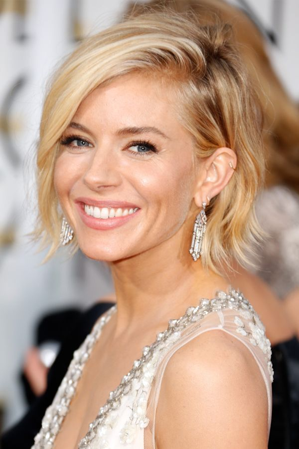 Short Hair Is Having A Red Carpet Moment Thin Hair Haircuts Short Hair Trends Sienna Miller Hair