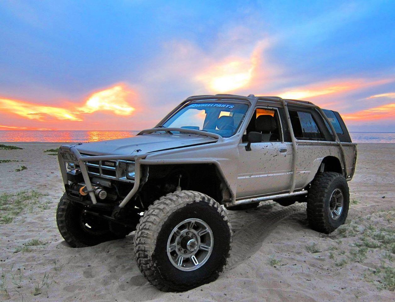 Toyota 4runner on 1 ton axles