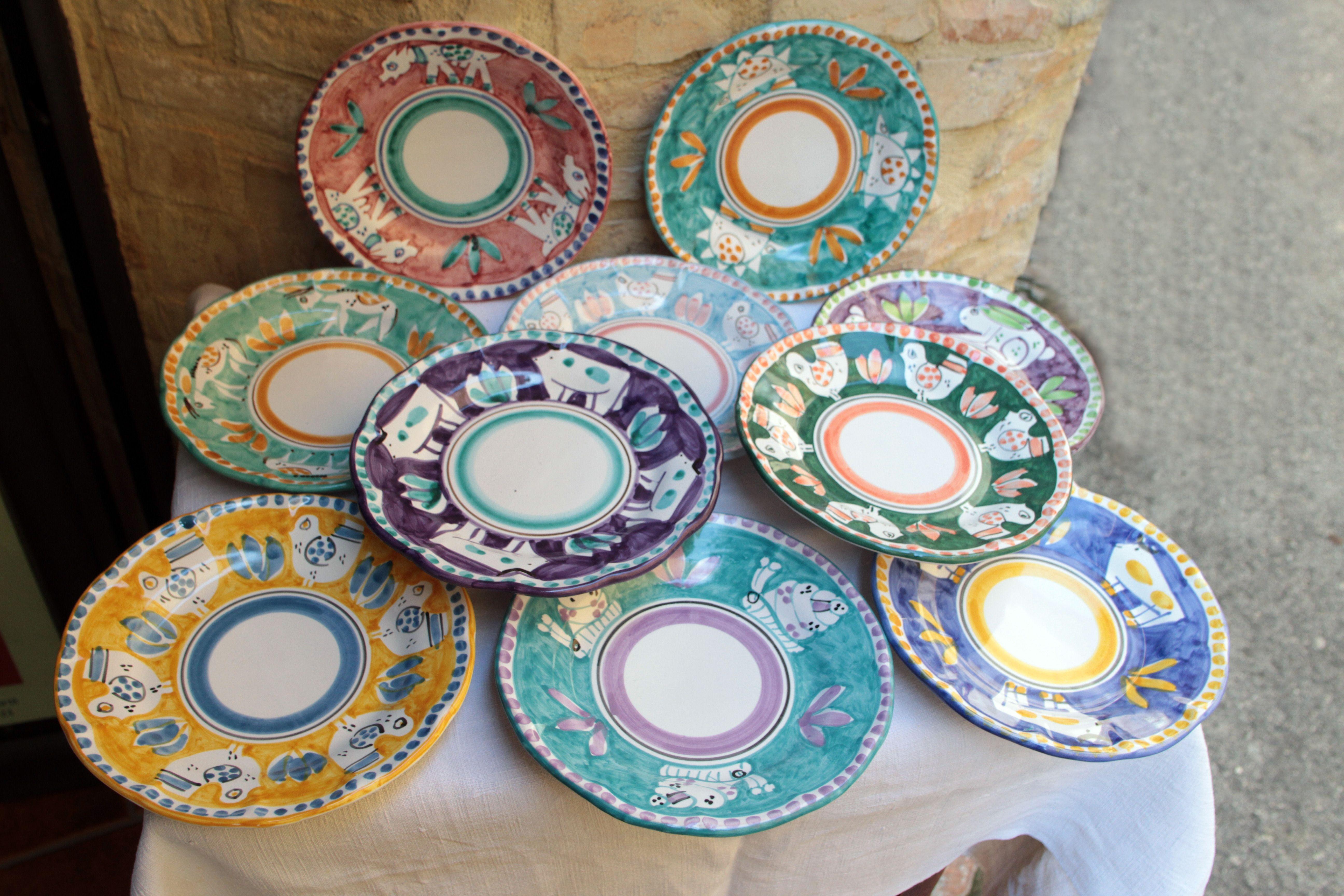 Piatti ceramiche dipinte a mano vietri sul mare campania italy