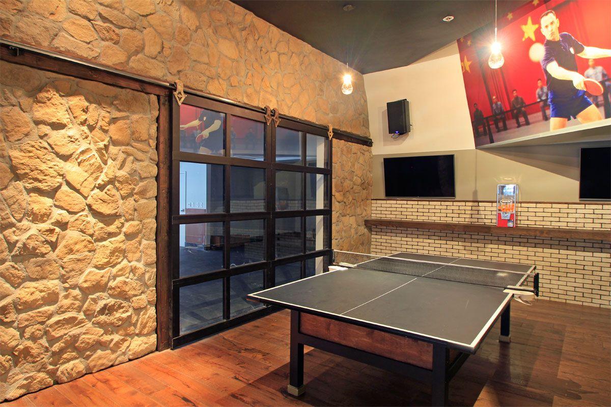 Bar Restaurant Doors Garage Doors Gates And Service Tips