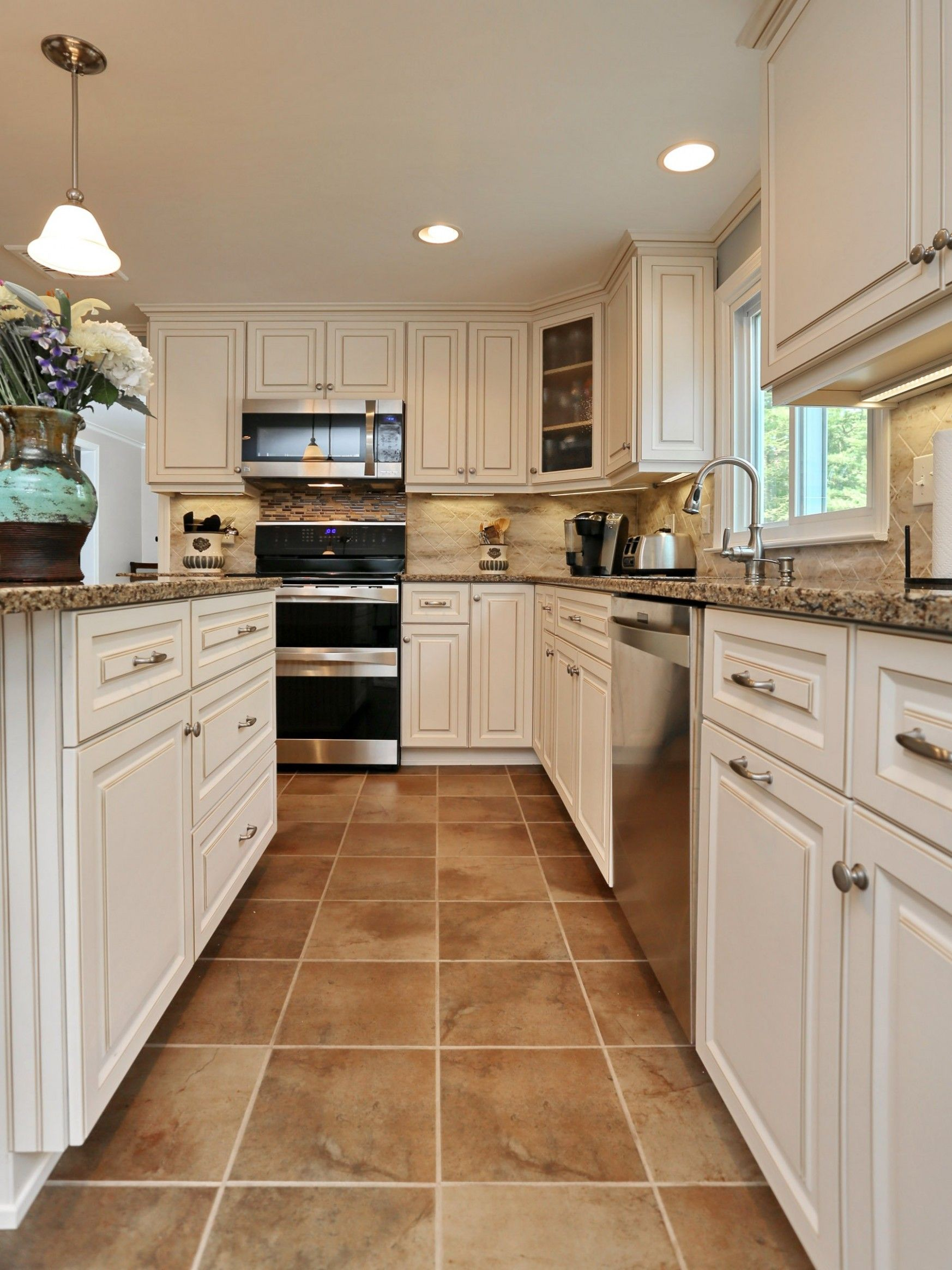 12 Outrageous Ideas For Your Kitchen Tile Floor Ideas With White Cabinets In 2020 Kitchen Floor Tile Kitchen Flooring Antique White Kitchen