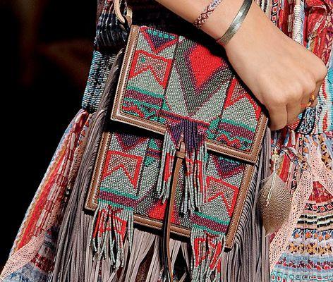 Woman Fashion Show Accessories - ETRO Spring Summer 15