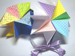 Pop-up origami star