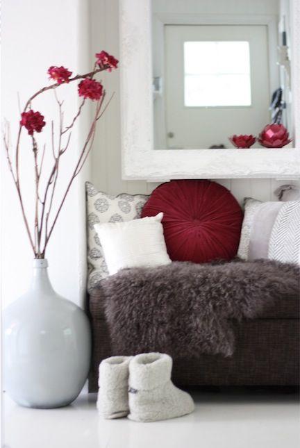 room decoration for your paris apartment cozy homes red bedroom rh pinterest com