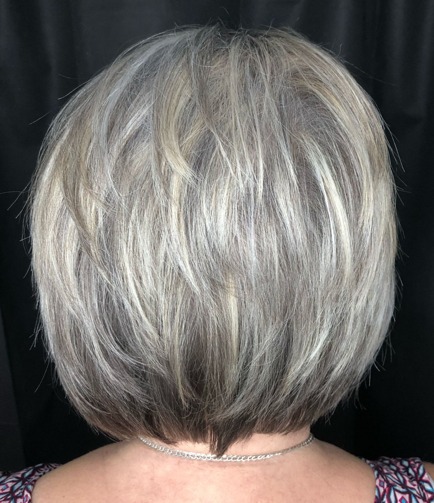 Feathered Style With White Highlights Grey Hair Styles For Women Gray Hair Highlights Silver White Hair