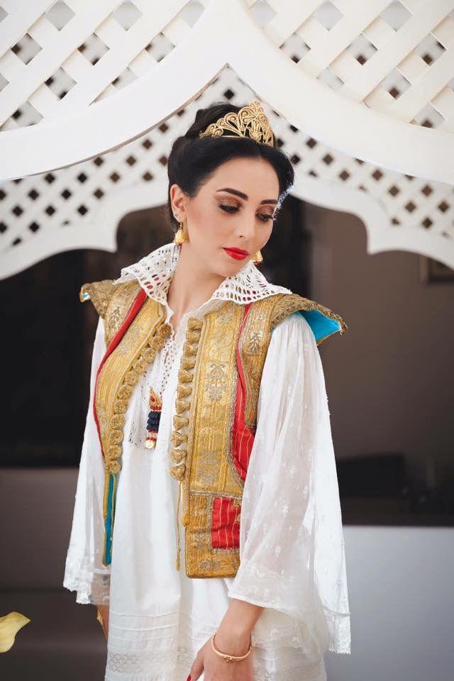 000c90a4ee0 Habit traditionnel tunisien Caftan Tunisien